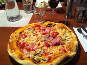 Herkullinen pitsa.