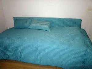 Esikoisen sohvasänky