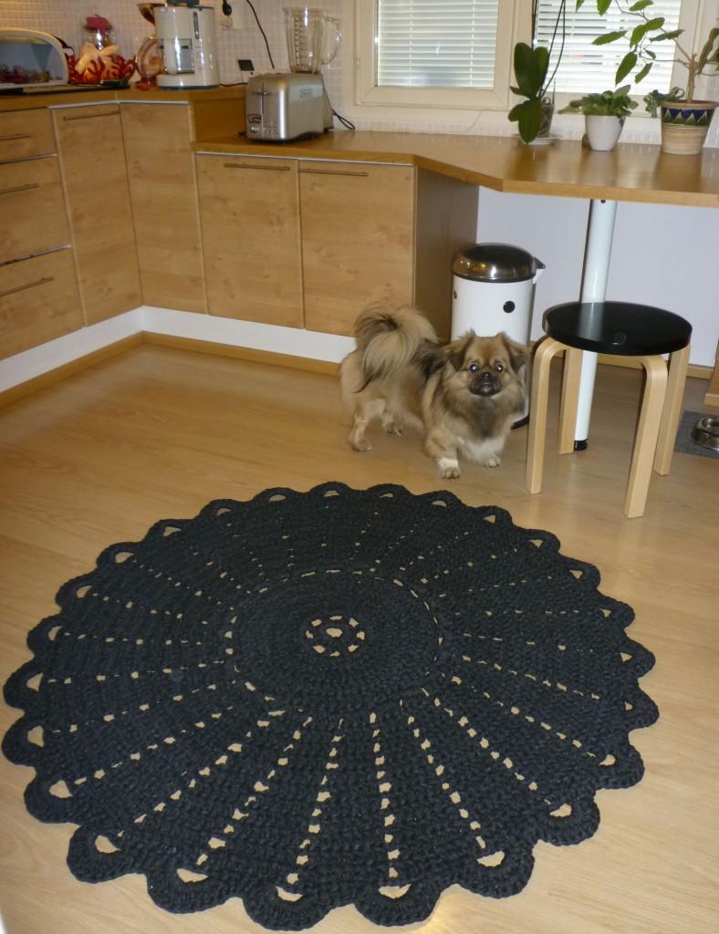 Mikki ja keittiön matto
